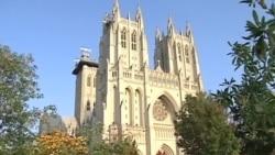 Tượng Mẹ Teresa tại Nhà thờ Quốc gia Hoa Kỳ