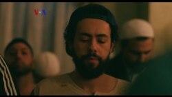 """Islam di AS: Serial Komedi """"Ramy"""" Tampilkan Kehidupan Muslim Arab AS"""