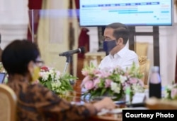 Presiden Jokowi dalam Rapat Terbatas, di Istana Merdeka, Jakarta, Kamis (6/8) (Setpres RI)