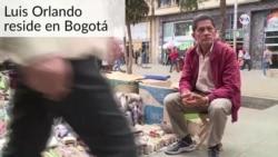 Colombiano usa bolívares para hacer y vender figuras en origami