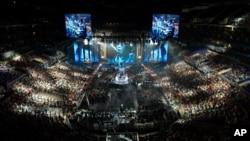 Una vista general de la final de Campeonato Mundial de la Temporada 3 de League of Legends entre SK Telecom T1 de Corea del Sur y el Royal Club de China, en Los Ángeles, tomada en 2013, una modalidad de las más populares entre los juegos en línea.