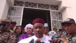 Déclaration de Mahamadou Issoufou après avoir voté à l'Hôtel de ville de Niamey