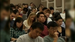 US Hosts Record 866,000 Foreign Students