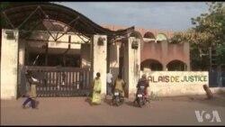 Burkina : report au 4 mai du procès du dernier gouvernement Compaoré (vidéo)