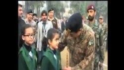 白沙瓦學校遭襲一個月後巴基斯坦學生復課