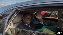 Le leader de l'opposition camerounaise Maurice Kamto le jour de sa libération de prison à Yaoundé. (Photo: AFP)