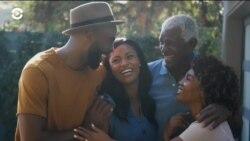 Исследовательский центр Pew: 52% взрослых американцев живут с родителями