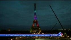 جشن ویژه فرانسویها به مناسبت رکوردشکنی برج ايفل در پاریس