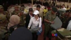 နာမည္ေက်ာ္ ေဟာလီ၀ုဒ္ မင္းသမီး Michelle Yeoh ဘဂၤလားေဒ့ရွ္မွာ ဒုကၡသည္ေတြနဲ႔ေတြ႔ဆံု