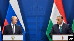 Встреча премьер-министра Венгрии Виктора Орбана (справа) и президента РФ Владимира Путина в Будапеште (30 октября 2019 г.)