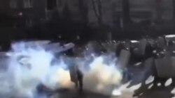 آمريکا: حکومت اوکراين با مخالفان گفتگو کند
