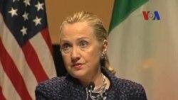 Clinton Görevini Devrediyor