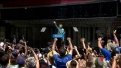 2016-07-12 美國之音視頻新聞: 克林頓希望跳出電郵門轉移競選焦點