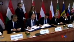 2014-06-27 美國之音視頻新聞: 波羅申科簽署烏克蘭歐盟自由貿易協定