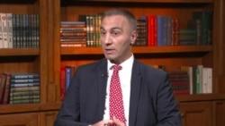 Интервју - Артан Груби: Треба да се раскине врската меѓу политиката и владеењето на правото