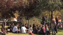 西班牙经济危机重创年轻人