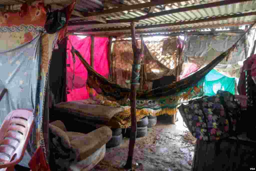 Otro vistazo al hogar de muchos venezolanos que viven en campamentos improvisados en las zonas de frontera entre Colombia y Venezuela. Tras la pandemia de la COVID-19, la frontera fue cerrada y muchas familias quedaron en una especie de limbo.