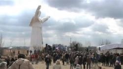 已故教宗若望保祿二世雕像揭幕