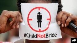 ارکانِ اسمبلی کے مطابق اسمبلی میں خواتین اور بچوں کے حقوق کو محفوظ بنانے کا بل سات سال سے زیر التوا ہے۔ حکمران جماعت اس قانون کی منظوری کے لیے مخلص نہیں ہے۔ (فائل فوٹو)