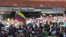 "Venezolanos votaron masivamente en el ""plebiscito"""
