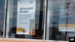 Restoran McDonald's di Oklahoma City di mana 3 orang karyawan terluka akibat tembakan, Rabu (6/5).