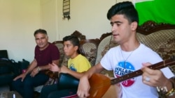 Blind Kurdish Musician Experiences Life in US Through His Music