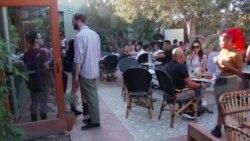 Hrana, pića i kanabis na meniju kafića u Los Anđelesu