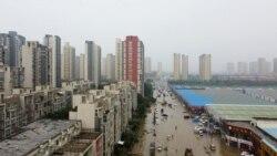 外國記者鄭州街頭報道水災遭身份不明人士圍攻