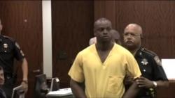 Presunto asesino de policía se presenta en corte