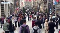 Salgın Taksim'deki Kalabalığı Engellemedi