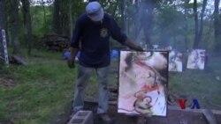 艺术家用火烧出超现实作品