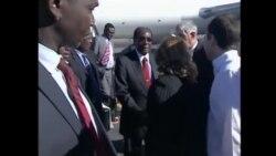 Mugabe Praises Castro for Assisting Zimbabwe, Africa