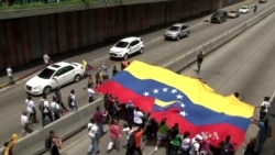 Thousands Continue Call for Venezuelan Leader's Ouster