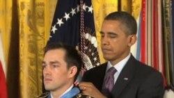 美退伍軍人因阿富汗戰役獲得榮譽勳章