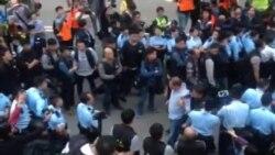 蘋果日報老闆黎智英被拘捕