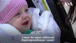 Пасажир першого класу віддав своє місце в літаку мамі з маленькою дитиною. Відео