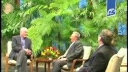 美国议员代表团在哈瓦那会见卡斯特罗