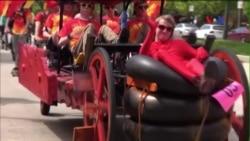 Dân Baltimore vui 'xả láng' với cuộc đua xe kỳ quặc