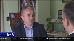 Tiranë, analistët komentojnë për krizën politike