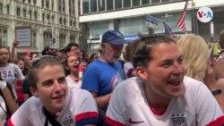 NY homenajea a equipo femenino de futbol