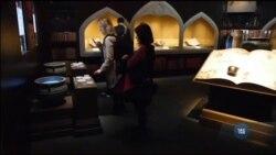 Український переклад першої книги про Гаррі Поттера – на виставці у Британській бібліотеці в Лондоні. Відео