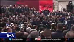 Kriza politike në Shqipëri nën vëzhgimin e studiuesve
