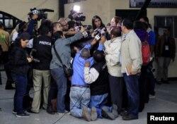 Para los representantes de gremiales y organizaciones de periodistas, los reporteros, camarógrafos y fotógrafos se encuentran en la primera línea de trabajo en la pandemia, arriesgando su salud para informar. Archivo, Honduras, Febrero 2017.