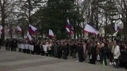 Crimea Votes to Join Russia as Crisis Escalates