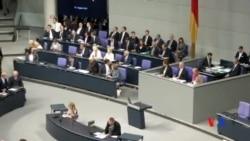 2015-08-19 美國之音視頻新聞:德國國會將就希臘救助貸款方案進行表決