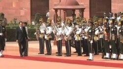 李克强访问印度讨论边界及贸易问题