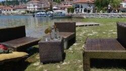 Смет во Охридското Езеро