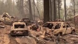 加州兩場大火併在一處威脅成千上萬住宅