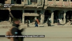 Destitute Mosul Residents Turn to Scrap Metal Foraging After IS