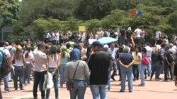 """Venezolanos conmemoran el """"Día del periodista"""""""